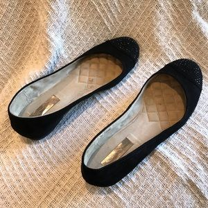 Jessica Simpson black flats